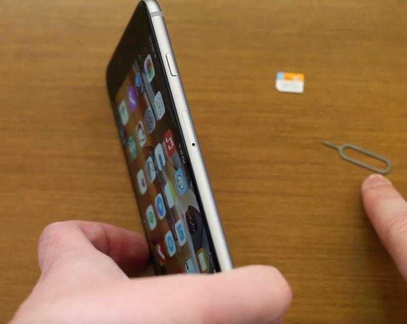 Iphone 7 Sim Karte Einlegen.Sim Karte In Das Iphone 3 4 5 6 7 8 X Einlegen So Funktioniert Es
